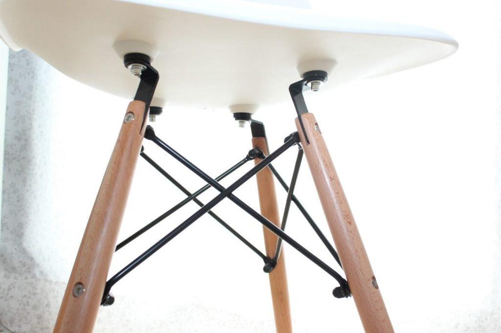 Da Ich In Meinem Leben Schon Unzählige Ikea Möbel Auf  Und Abgebaut Habe,  War Auch Der Aufbau Des Stuhls Ein Kinderspiel.