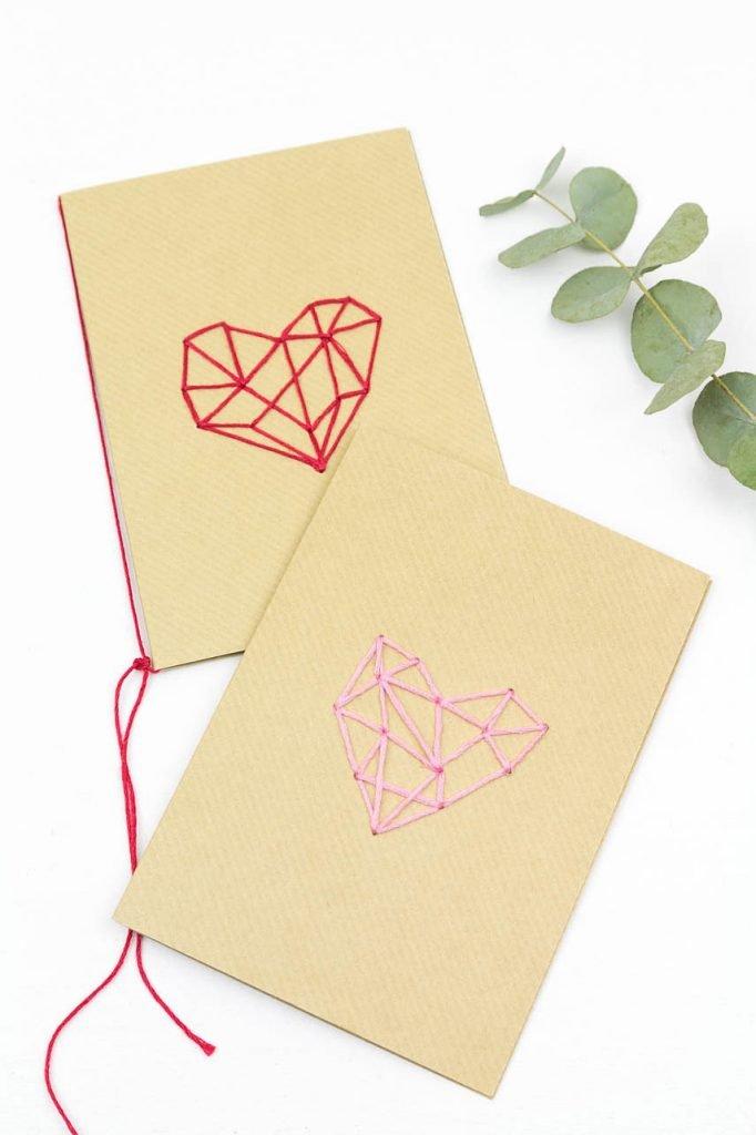 Karten besticken - Sticken auf Kraftpapier als Karte zum Valentinstag oder Muttertag