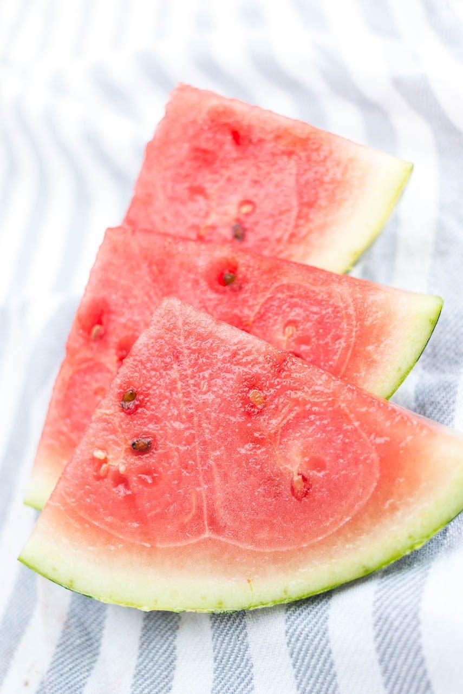 Melonen für die Rosen-Melonen-Limonade