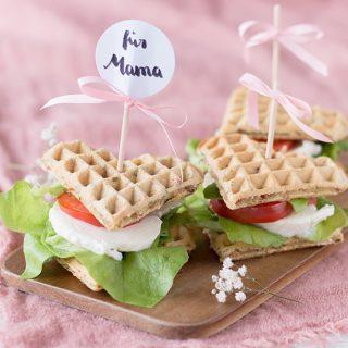 Waffelsandwiches zum Muttertag