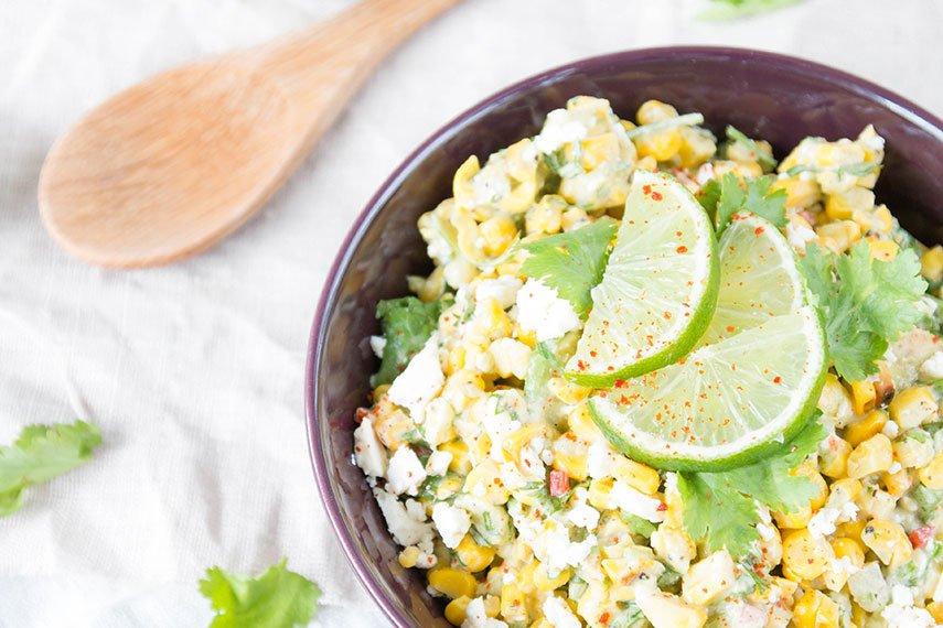 Avocado-Maissalat mit Feta - perfekt zum Grillen