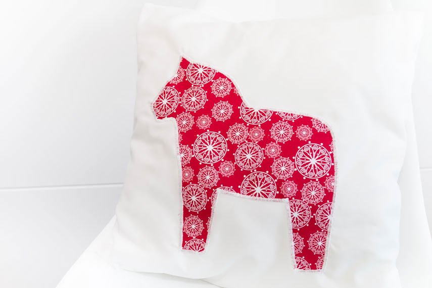 *4* Kissen mit Dalarna Pferd nähen