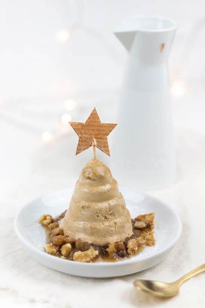 Zimtparfait mit Bratapfelkompott - ein leckeres Rezept fürs Weihnachtsmenü