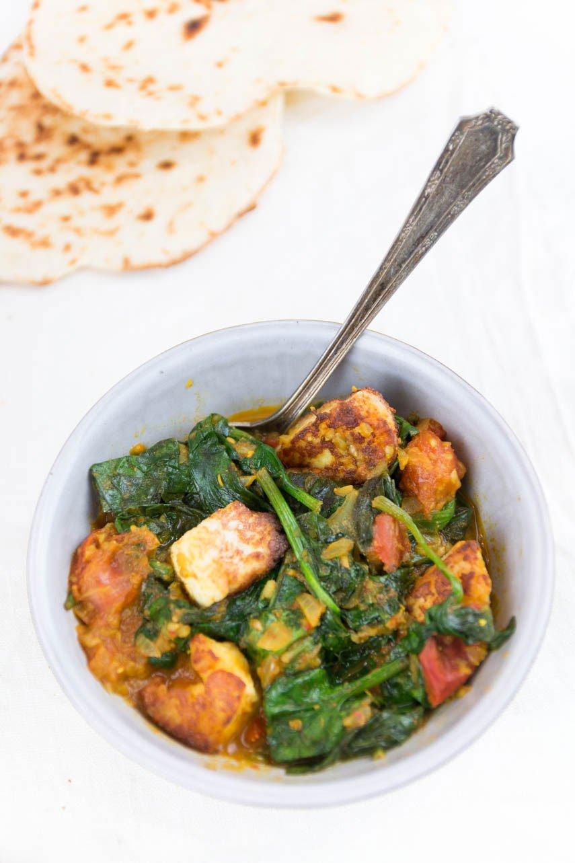 Naan und Spinat Curry selbst machen