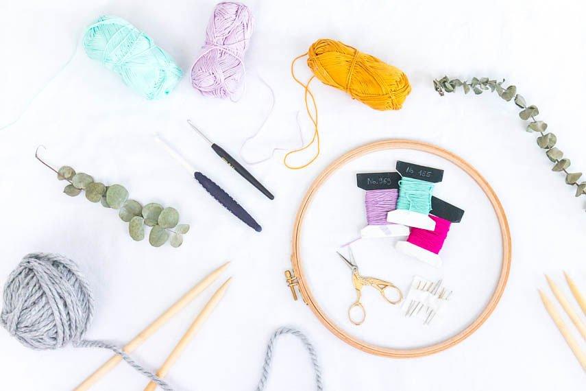 Häkeln, Stricken und Sticken - diese Materialien brauchst du unbedingt