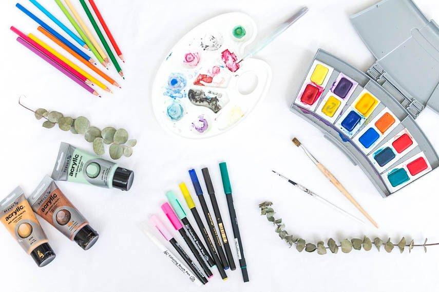 Malen macht glücklich mit Aquarellfarben und Brushpens