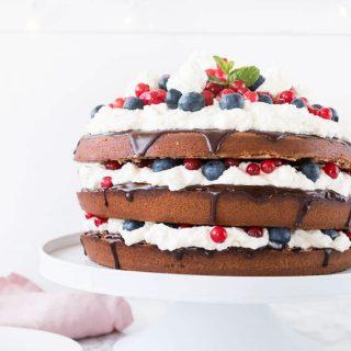 Schoko-Beeren Torte