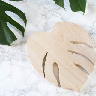 DIY Geschenk | Monstera Untersetzer aus Holz basteln