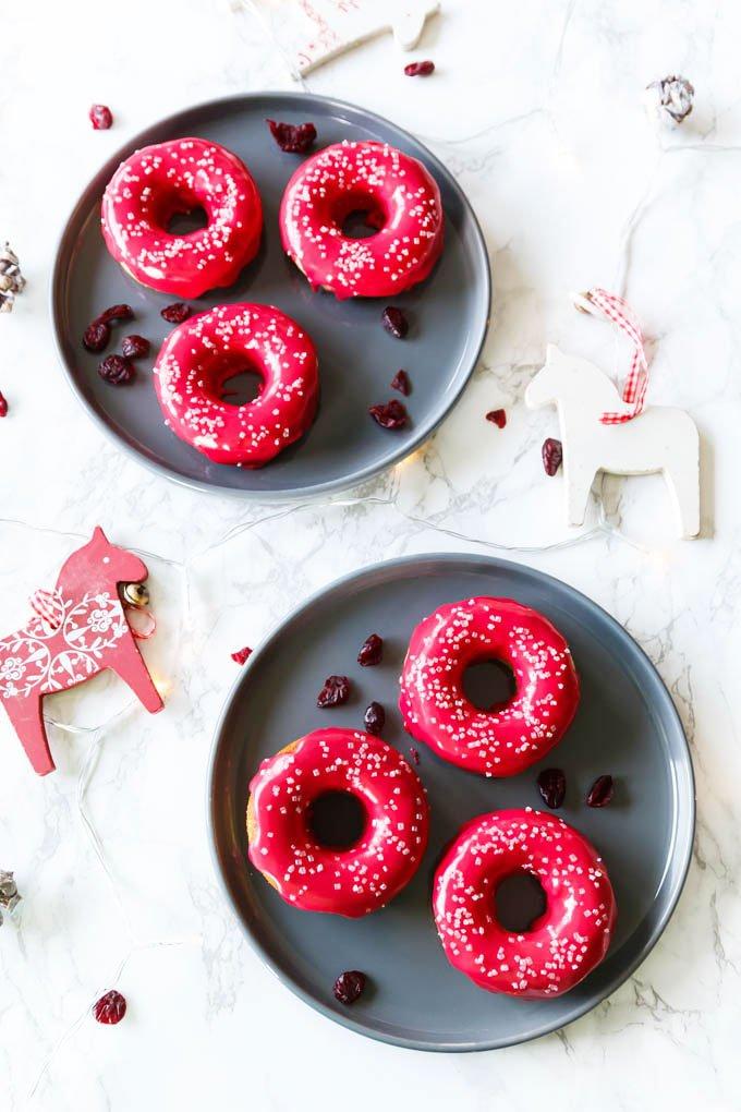 Weihnachtliche Donuts mit Cranberries - Weihnachtsrezept