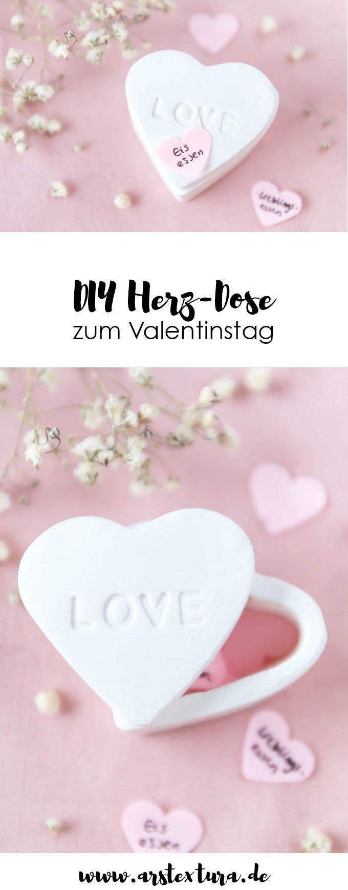 Fimo Ideen: DIY Herz-Dose aus Fimo - ein tolles DIY Geschenk zum Valentinstag oder Hochzeitstag - ein Dose voller kleiner Gutscheine und Liebesbeweise | ars textura - DIY Blog