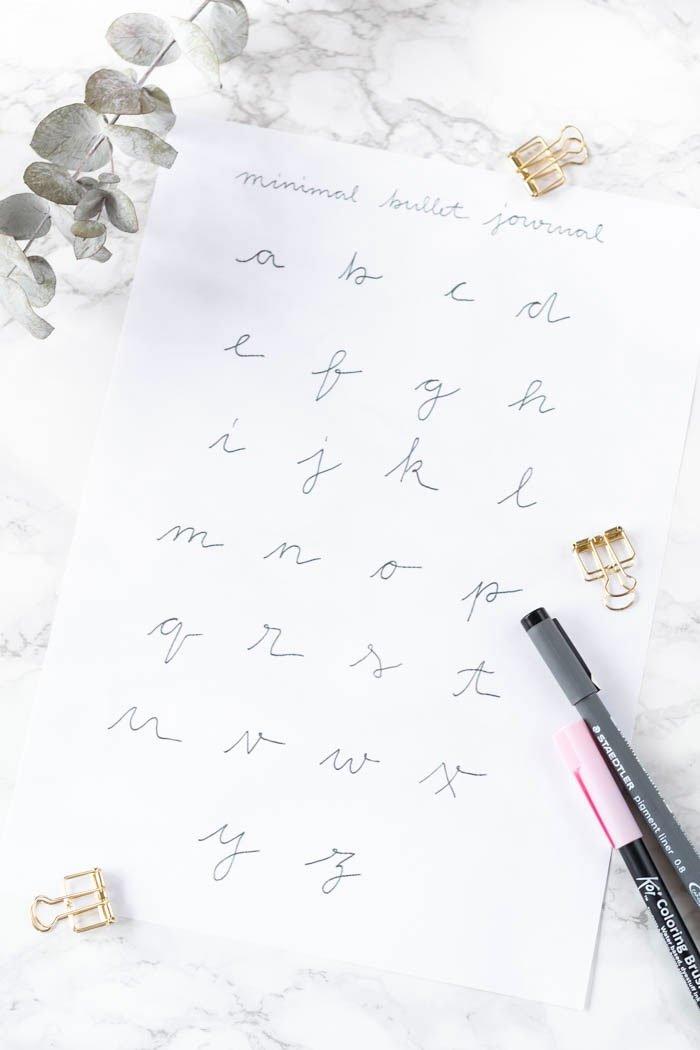 Einfache Schrift fürs Handlettering mit Vorlage zum Download | ars textura - DIY Blog