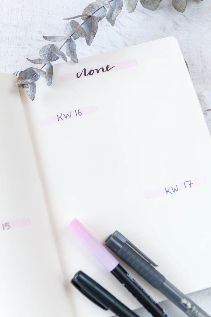 Bullet Journal Ideen: Setup April mit Brushpen und Handlettering - Außerdem zeige ich euch, wie ihr euch mit einem Kanban-Board besser organisieren könnt. So behaltet ihr alle Aufgaben im Blick | ars textura - DIY Blog