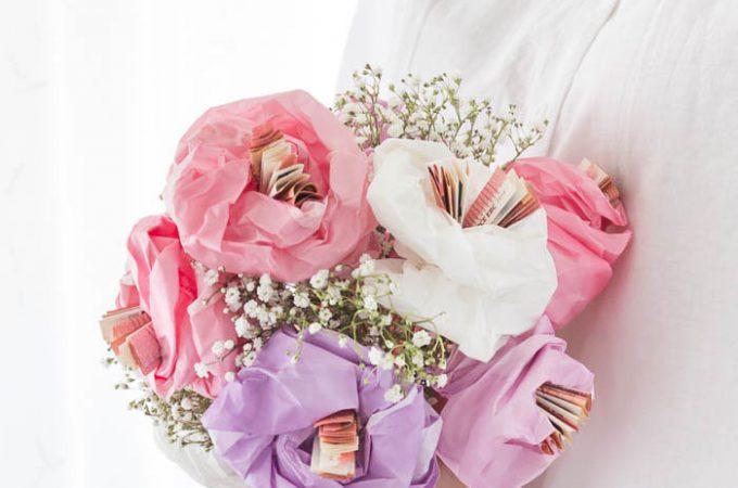 Geldgeschenk zur Hochzeit – Blumen aus Papier