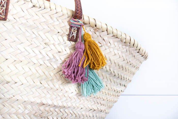Strandtasche mit Quasten - tolle DIY-Ideen für die Ferien