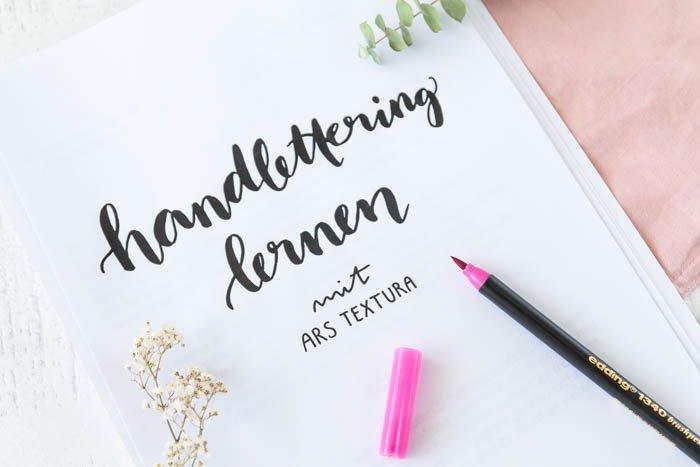 DIY Idee für die Ferien: Handlettering lernen