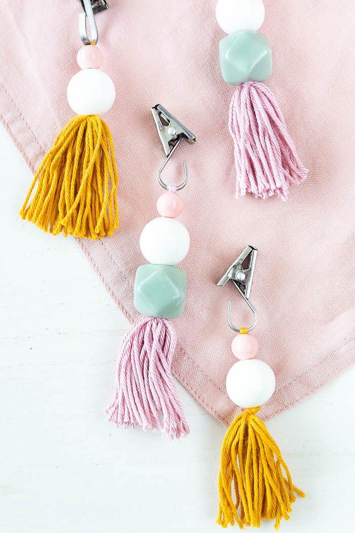 Tischdeckenbeschwerer selber machen mit Perlen