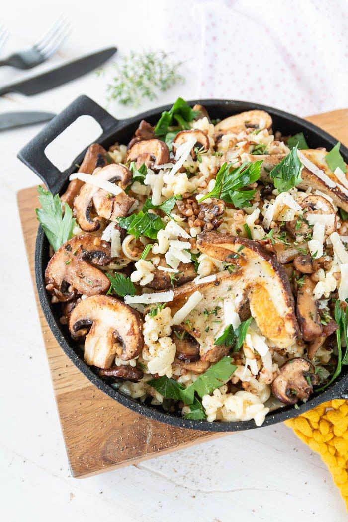 Risotto mit Pilzen, Buchweizen und Trüffeln