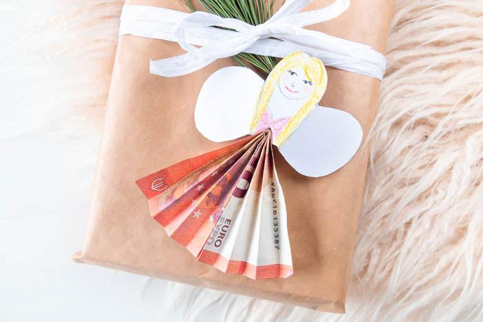 Geldscheine falten: Geldgeschenk zu Weihnachten