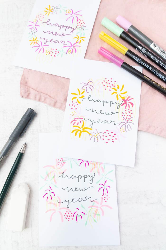 Neujahrskarten mit Handlettering und Feuerwerk gestalten