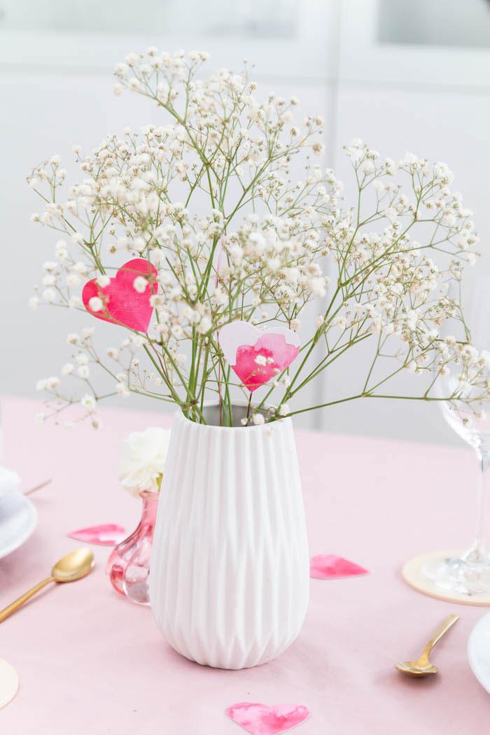 Valentinstag Deko - Herz-Blumen basteln
