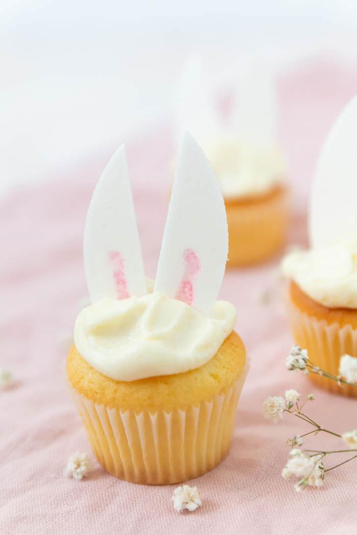 Rezept Ostern: Osterhasen Cupcakes backen