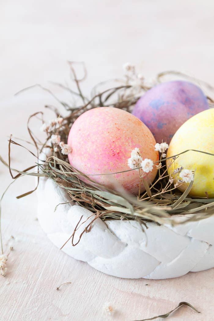 Osternest basteln aus Salzteig - eine tolle Dekodiere für Ostern