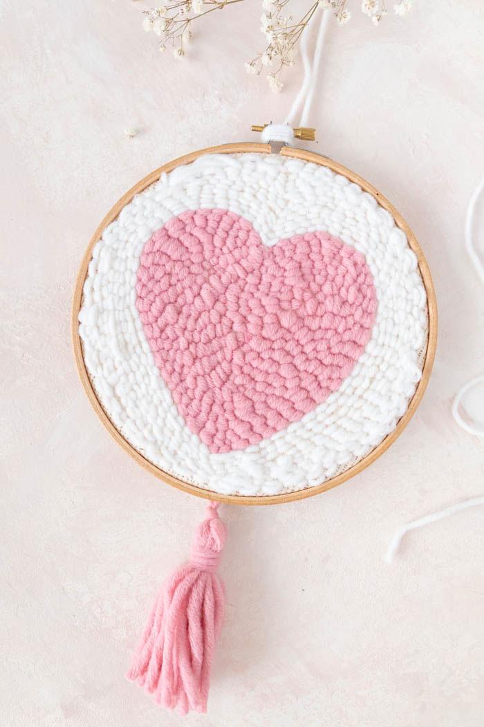 Herz mit der Punchneedle sticken - Geschenk zum Muttertag