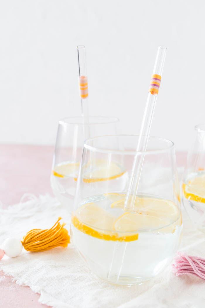 Glasstrohhalme pimpen mit Garn