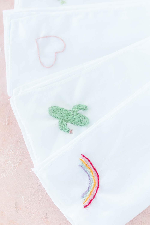 Stofftaschentücher besticken - DIY Anleitung