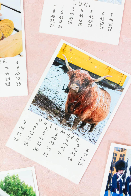 DIY Foto Kalender basteln mit fake Polaroid Bildern