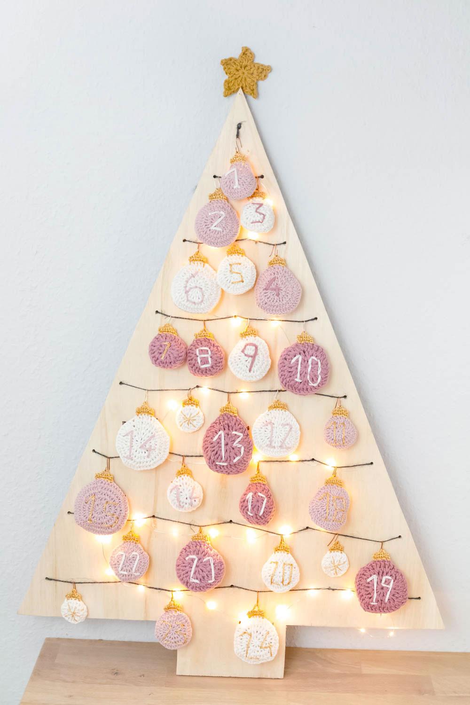 Weihnachtsbaum Kugeln häkeln Anleitung