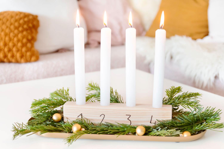 Modernen Adventskranz aus Holz basteln