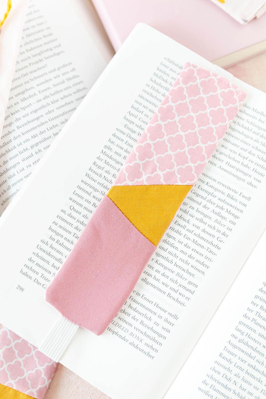 Anleitung Lesezeichen nähen aus Stoffresten