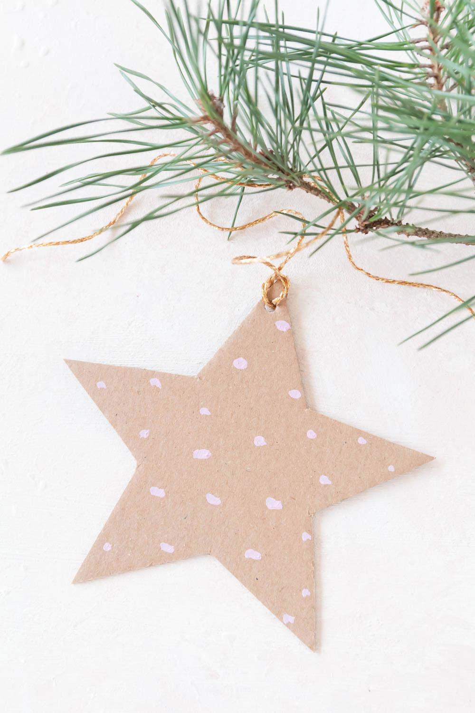 Sterne aus Pappe basteln mit Vorlage