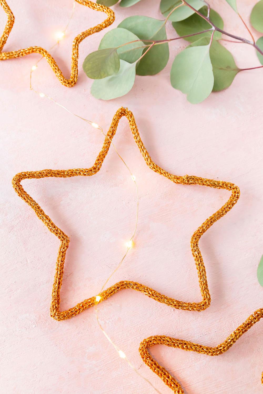 Weihnachtsdeko mit der Strickliesel basteln - Sterne basteln
