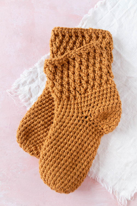 Socken häkeln mit Muster